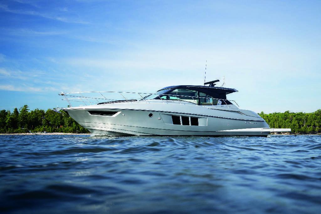 Découvrez le Cantius 45 de Cruisers Yachts