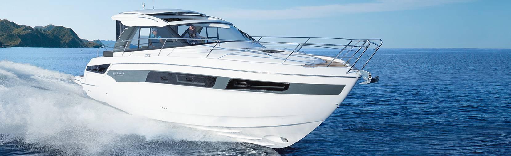 Bavaria S40 boat