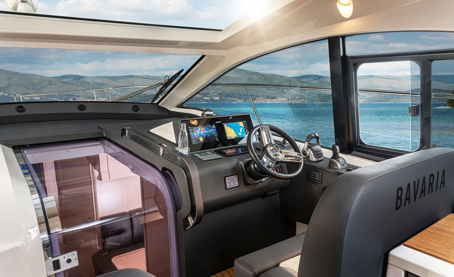 Bavaria sr41 boat dashboard