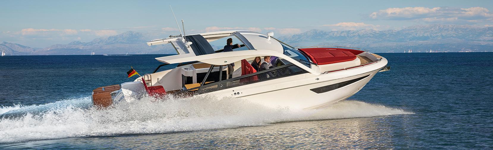 Bavaria Vida 33 boat