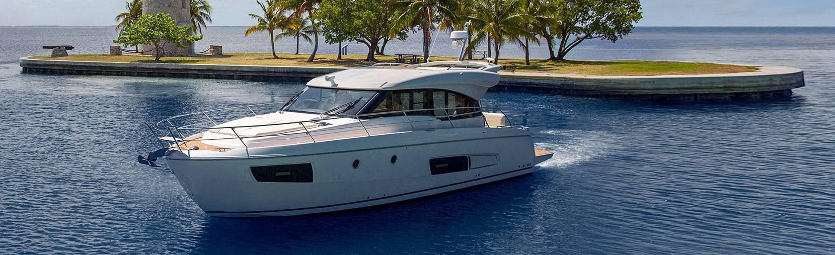 Bavaria Virtess 420 boat